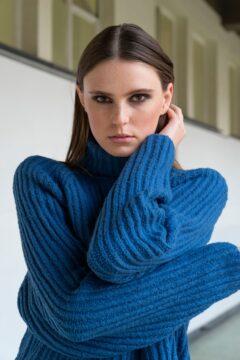 turtleneck sweater kimbra azure blue